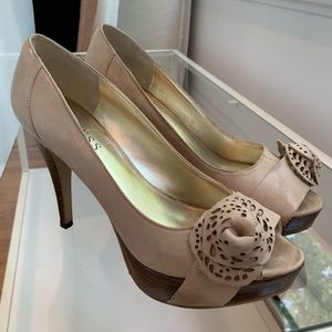 Guess - Nude Heels with Leather ball bow
